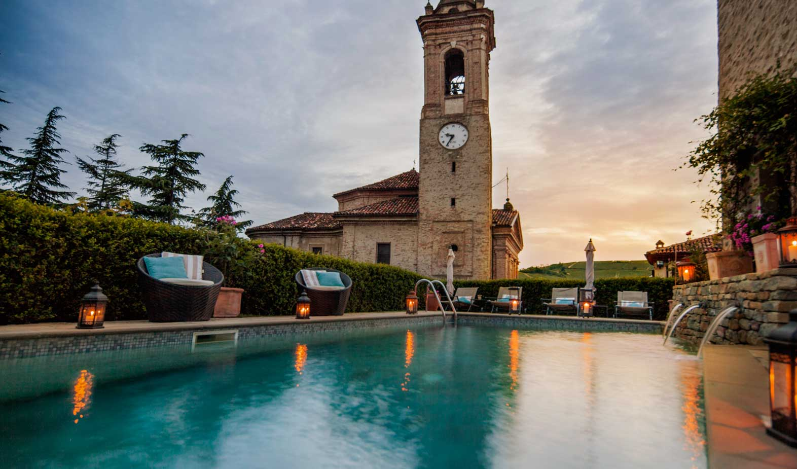 A Small Luxury Country Hotel In The Heart Of Langhe Castello Di Sinio